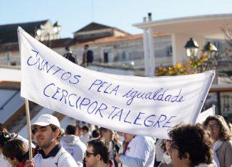 Marcha branca assinalou Dia Internacional da Pessoa com Deficiência