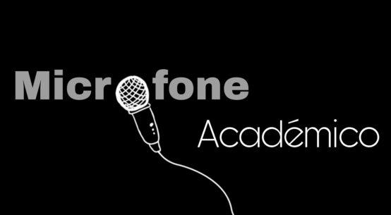 Microfone Académico